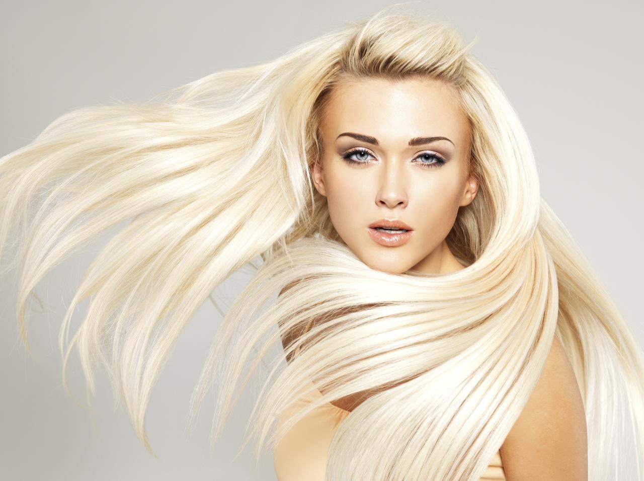 Wie Pflegen Sie Die Blonden Haare Ratgeber über Haarölen
